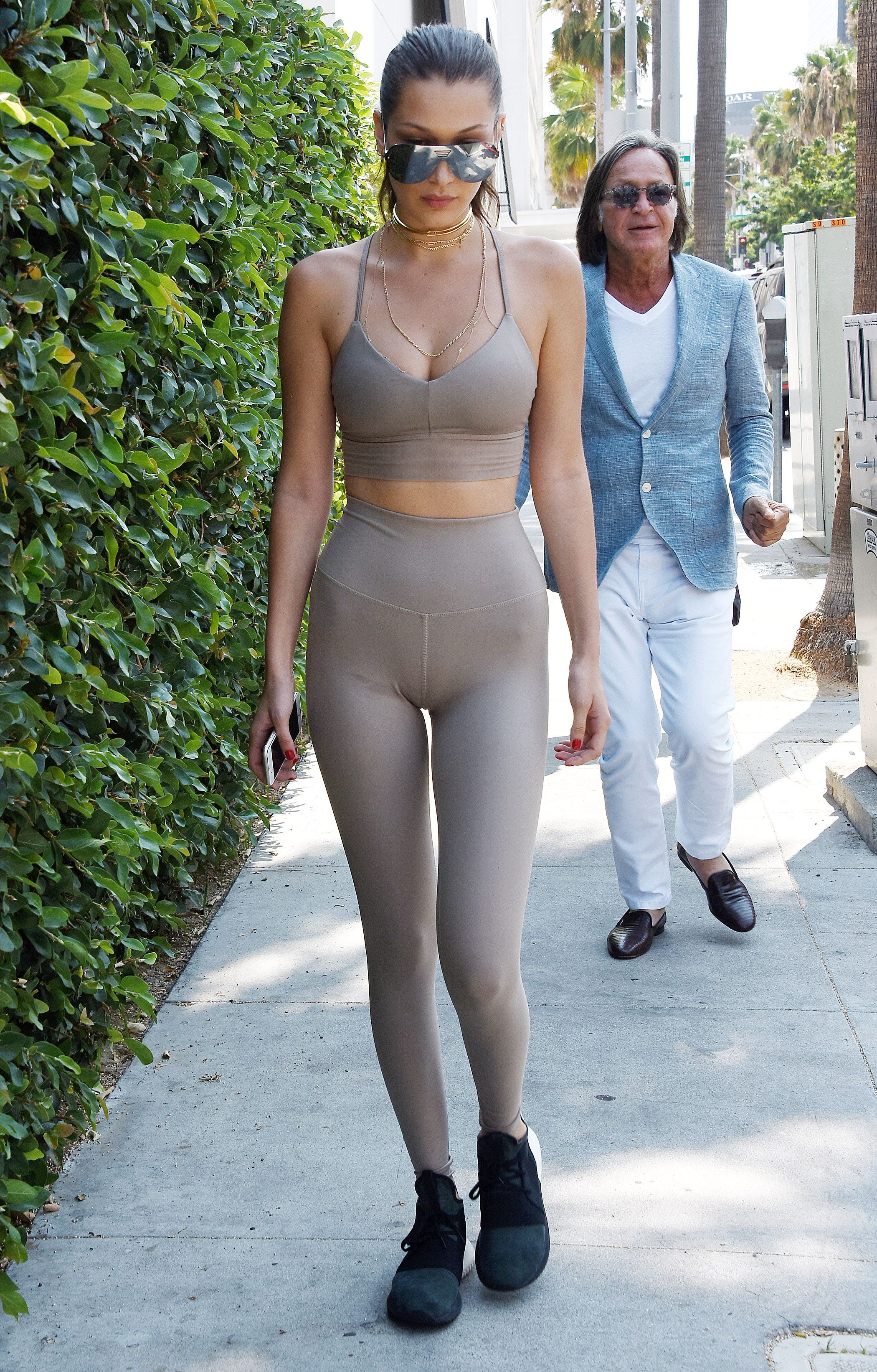 Discussion on this topic: Laura Cartier ass, cleavage-photos-of-gigi-hadid/