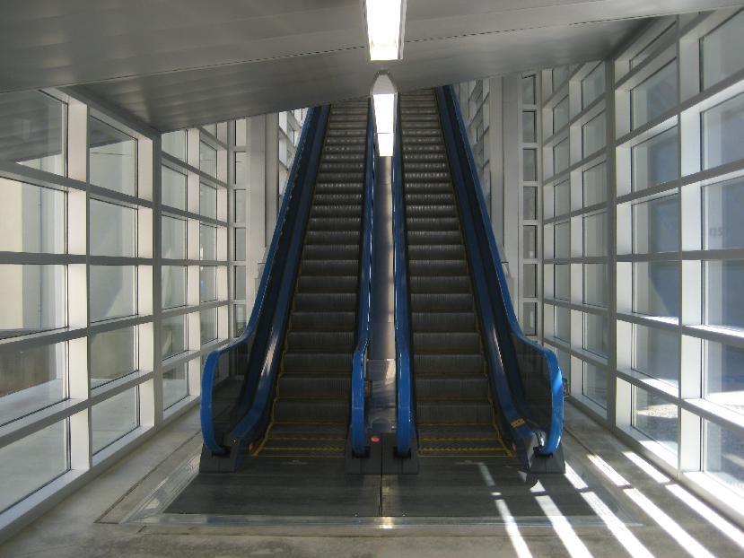 Elevator And Escalator Services Keep Your Elevator And Escalators Healthy Click N Go Articles Escalator Building A House Elevation