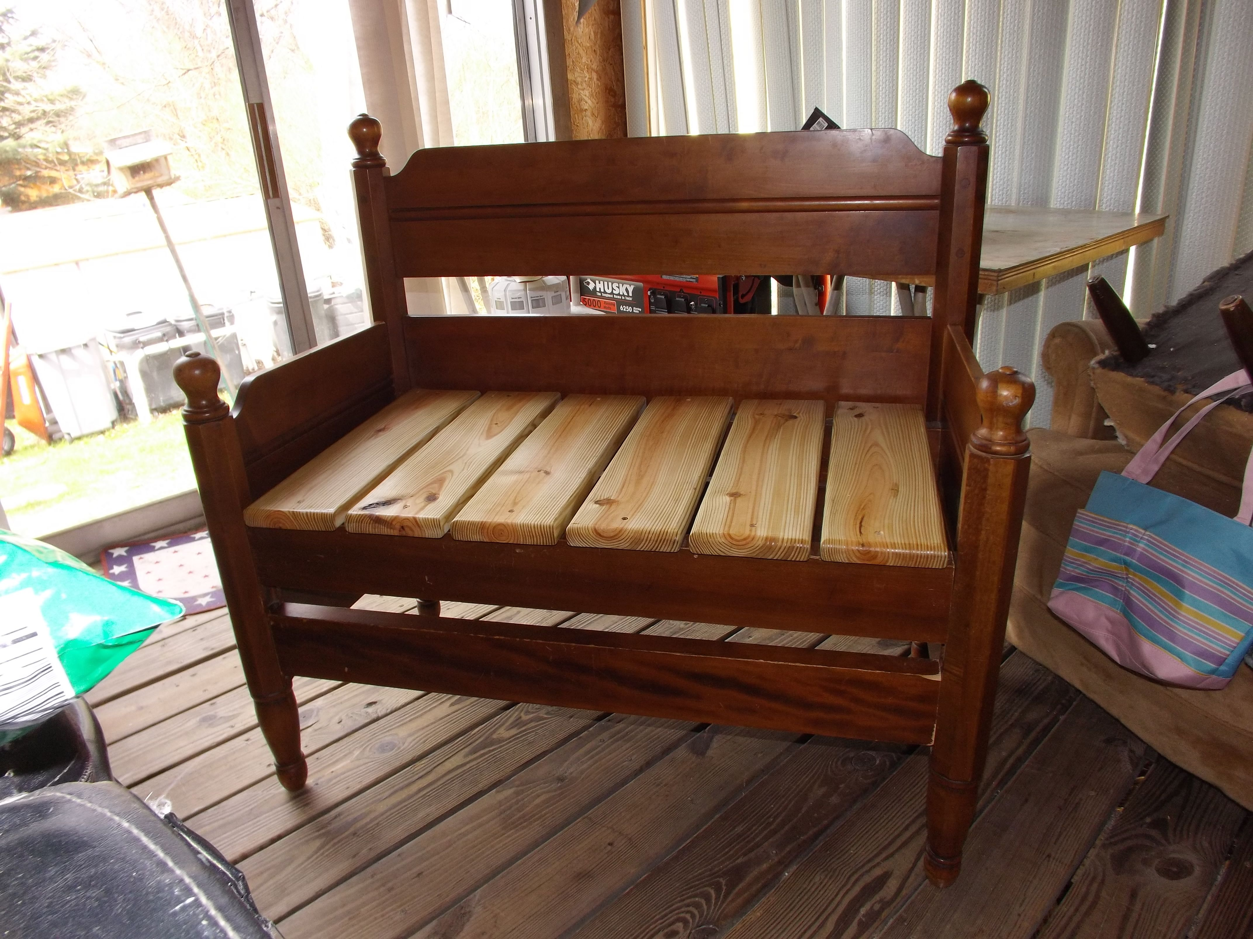 A bench made from an old Bed Frame!! crafts Pinterest
