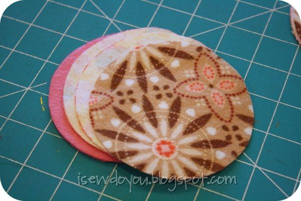 I Sew, Do You: Nursing Pads {tutorial}