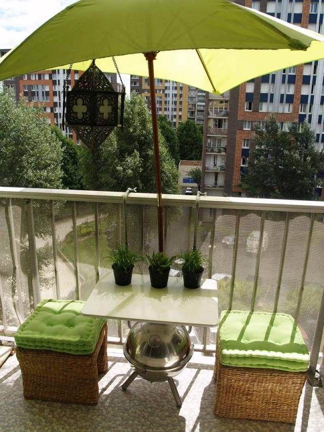 parasol de balcon et terrasse alternatives nouvelles flexibles parasol balcons et vert anis. Black Bedroom Furniture Sets. Home Design Ideas