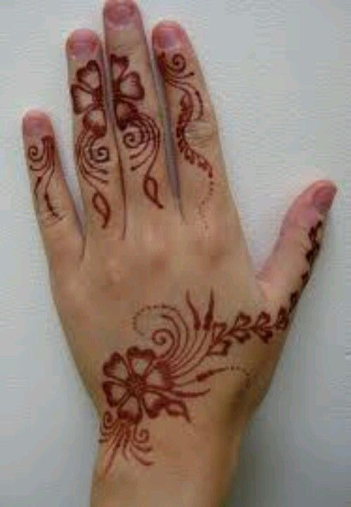 Luv this flower henna