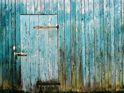 Old Barn Door That Color Not Amazing Lovely Things And Ideas