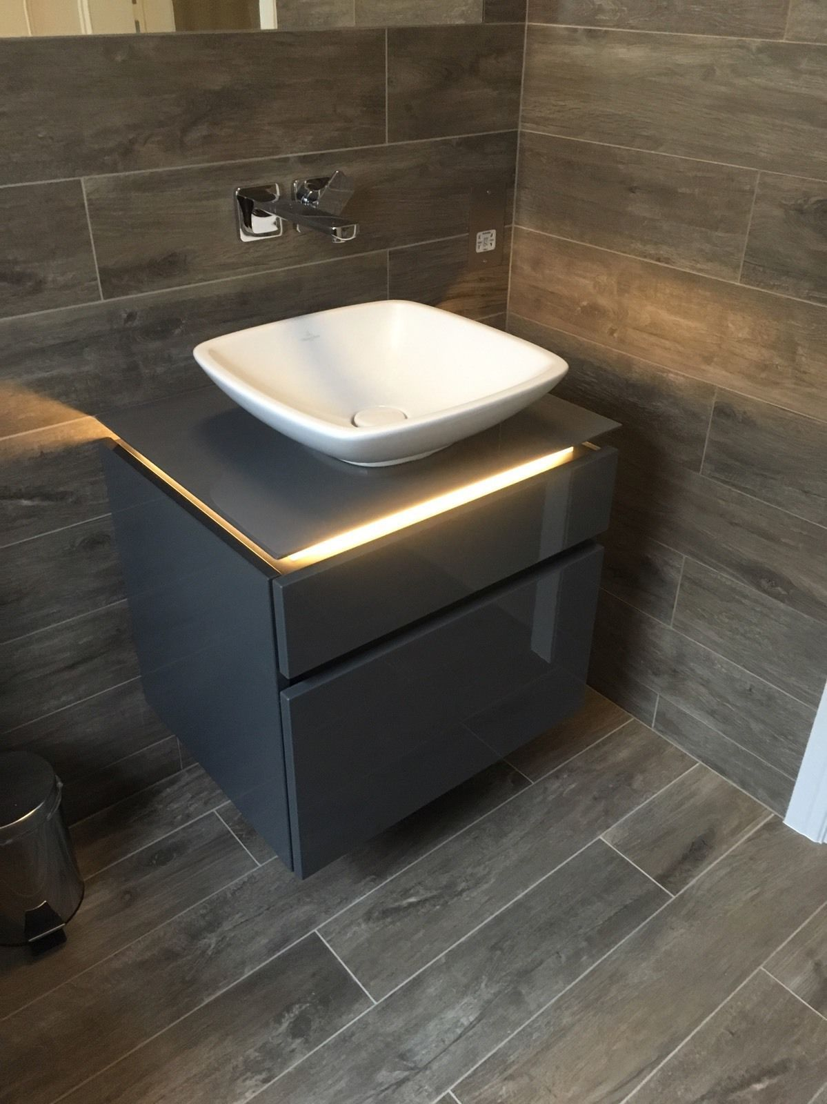 Villeroy and boch bathroom sink - Villeroy Boch Legato Vanity Unit In Glossy Grey 600mm Wide Led No Basin