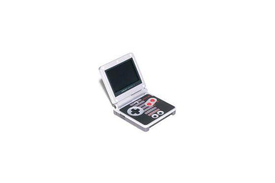 GAME BOY ADVANCE SP NES CLASSIC EDITION / NINTENDO / 2003