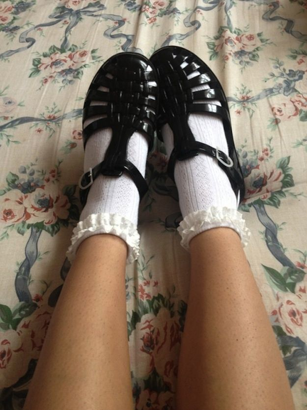 6ca59f310ce jelly shoes and frilly socks are literally my favourite! how cute is this  look