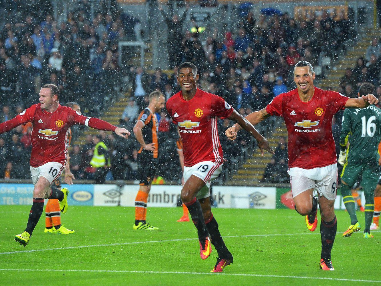 Rashford Celebrate Scoring Against Hull In Fergie Time Season 2016 17 M3 Manchester United Manchester United Fans Manchester United Live