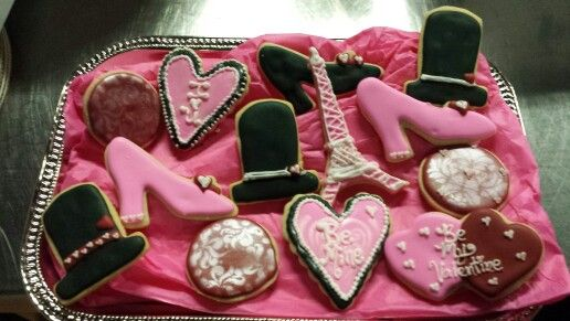 Valentine's Day cookies! 336-261-8725 April@mainstreetcakeshoppe.com