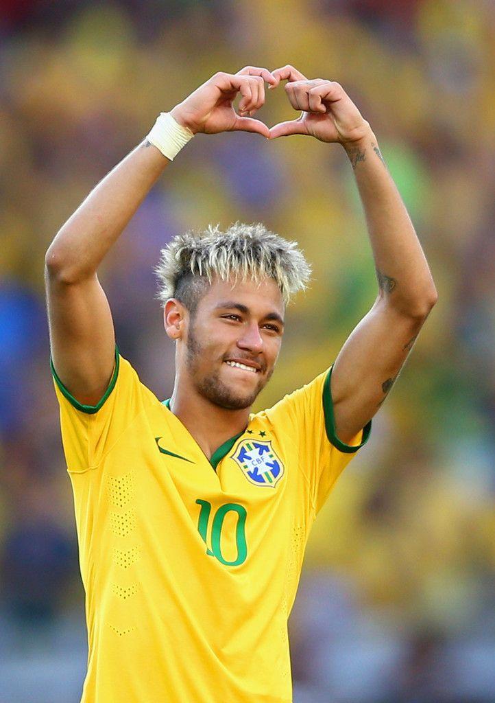 Neymar Photos Photos Brazil V Chile Round Of 16 2014 Fifa World Cup Brazil Neymar Neymar Jr Brazilian Soccer Players