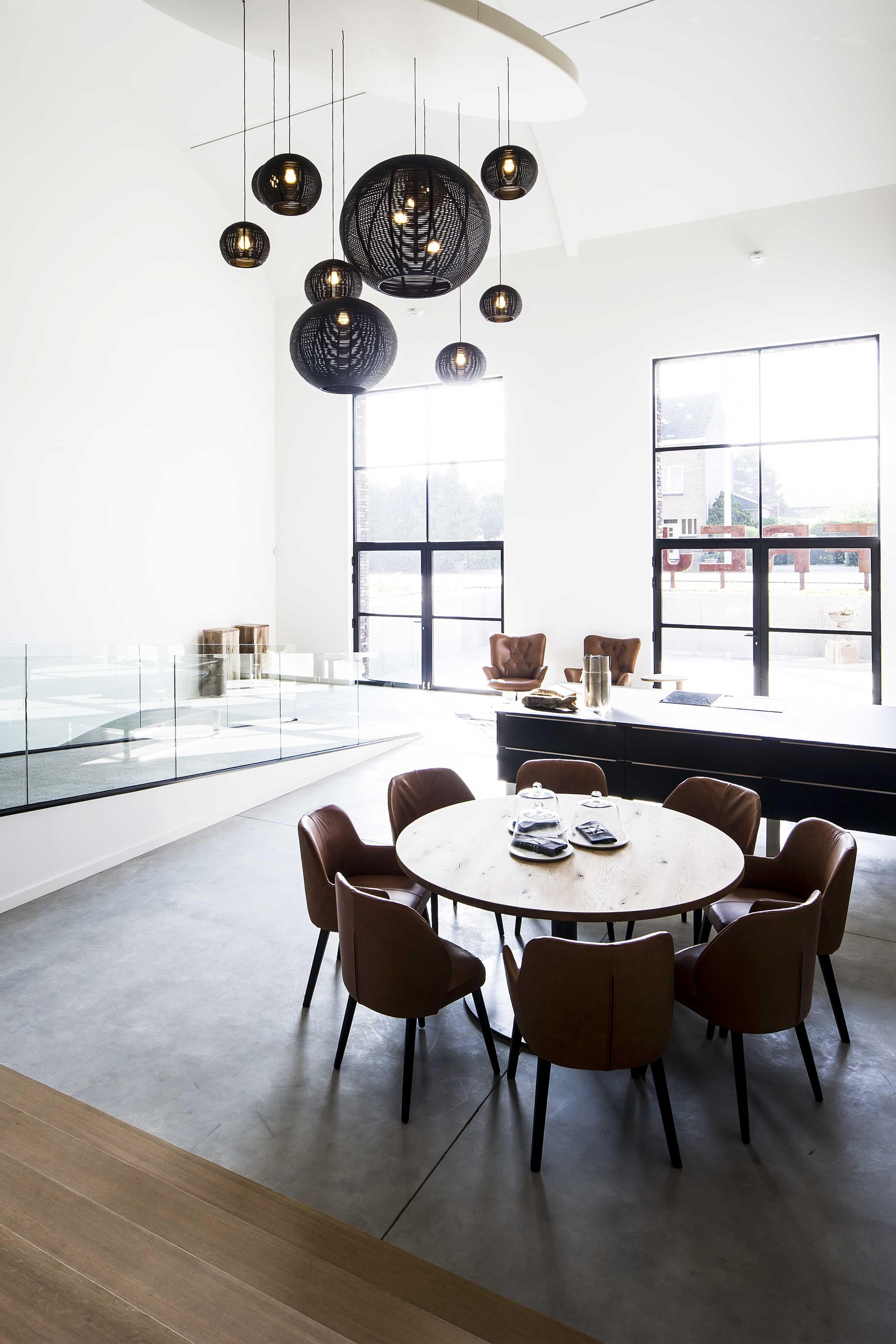 FREYA HOME STYLING DARK SANGHA (\'s) black interior design #lighting ...