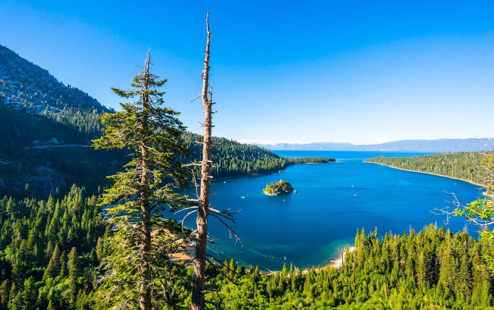 South Lake Tahoe Guide Where To Stay What To Do And The Best Places To Eat And Drink In 2020 Lake Tahoe California South Lake Tahoe Ca Lake Tahoe Ca