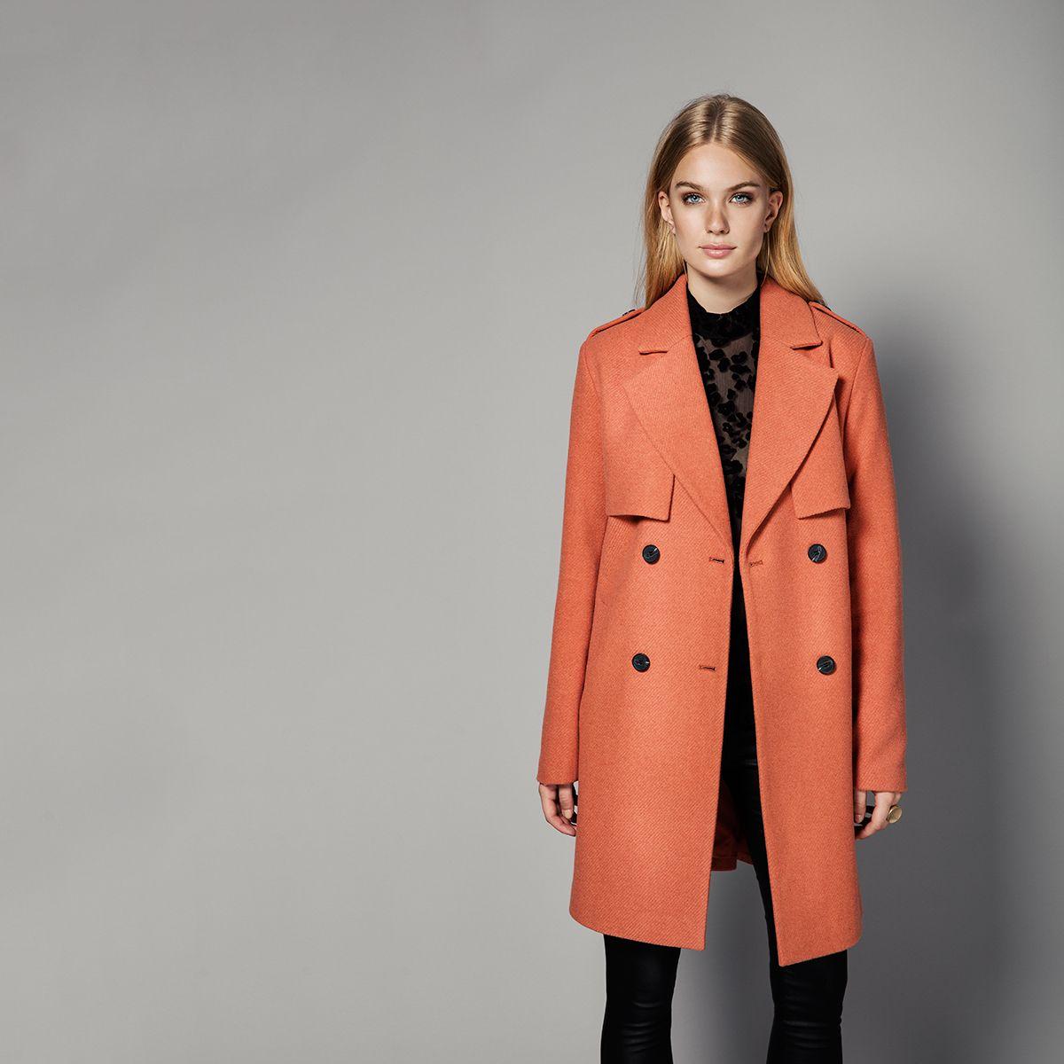 We love  this colour and the Vimaja coat.