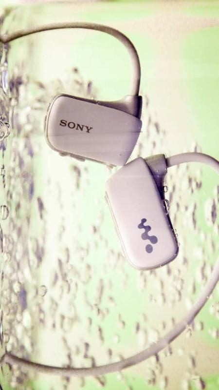Attention swimmers! Listen to your music underwater with the new underwater digital Walkman. Where…