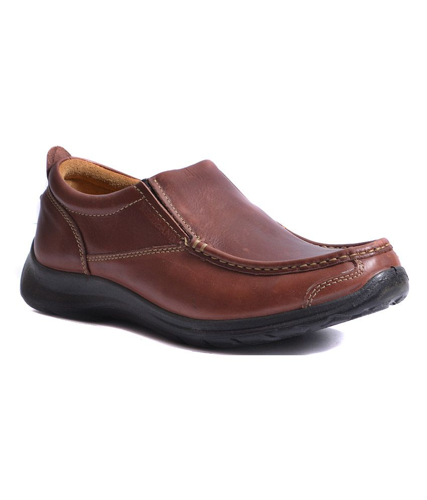 Woodland Men Brown Leather Amazing