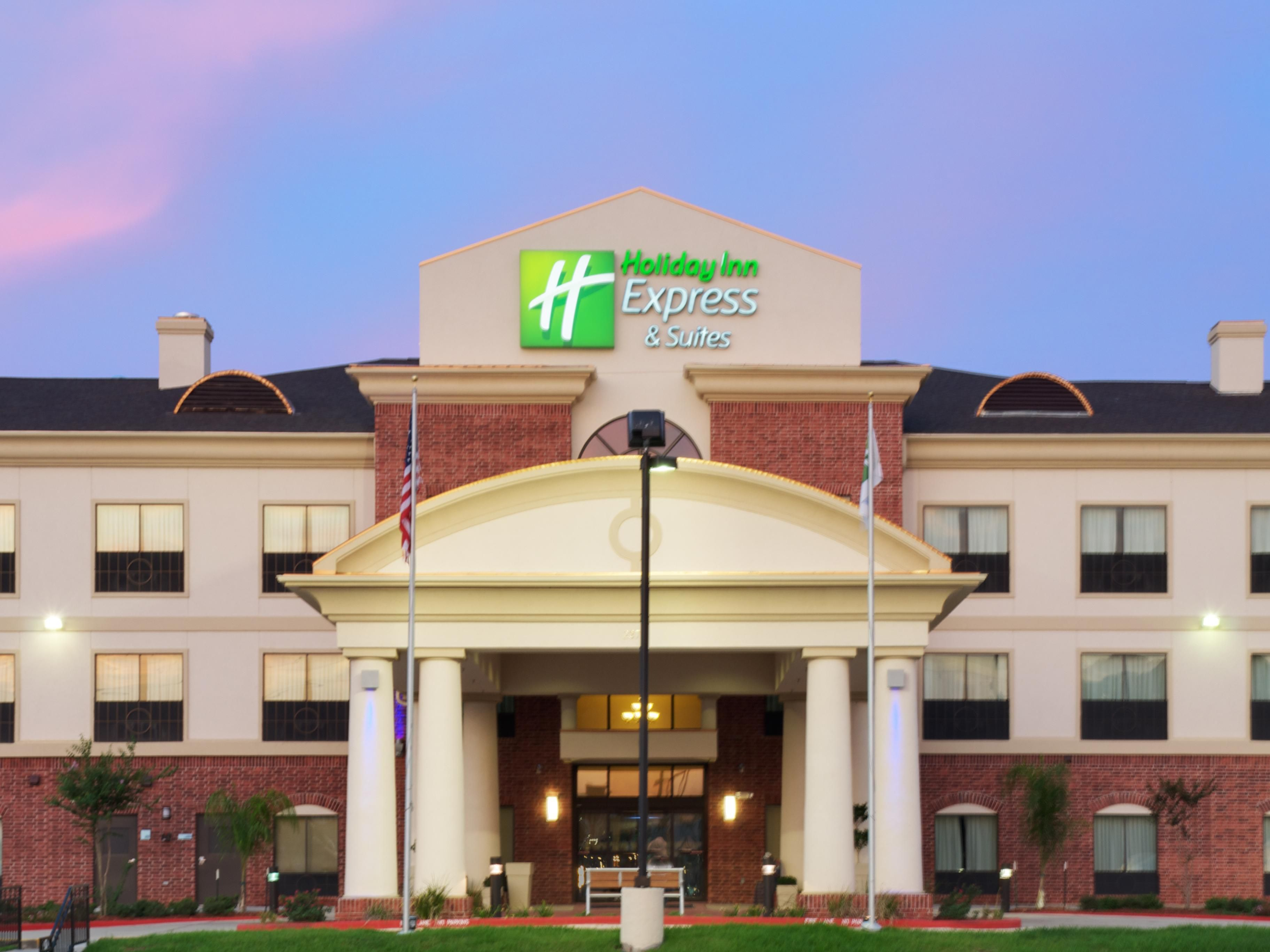 Holiday Inn Express And Suites Sealy 2370 Hwy 36 South Sealy
