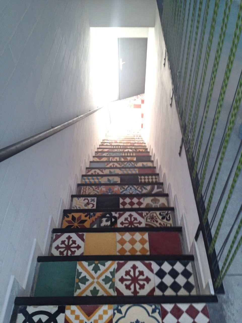 Baldosas Patchwork En Escaleras Deco Pinterest Baldosas  ~ Como Limpiar Suelo Hidraulico Antiguo