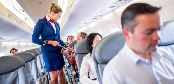 Tiếng anh giao tiếp cơ bản khi đi máy bay