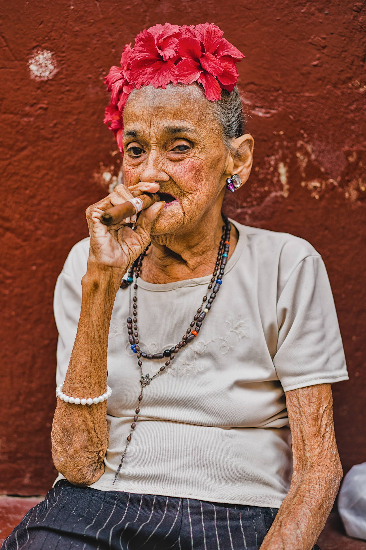 Cuban Woman - Fine Art Print Wall Home Decor Living Room