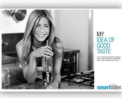Jennifer Aniston 44