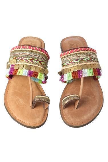 85463b712 Hippy Style  Tassle Sandals Z L Europe Sandals