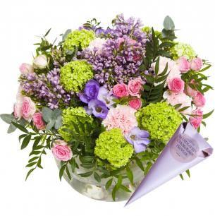 Lilacs, Viburnum, Carnations, Roses, Freesia, Eucalyptus and Pistachios, Interflora, Finnish Flower Shop, March 2016