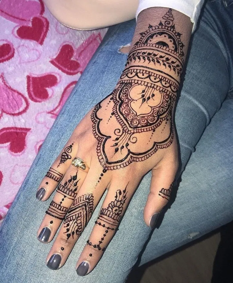 65+ of the most popular cool henna tattoos designs this year 49 | kevoin.com