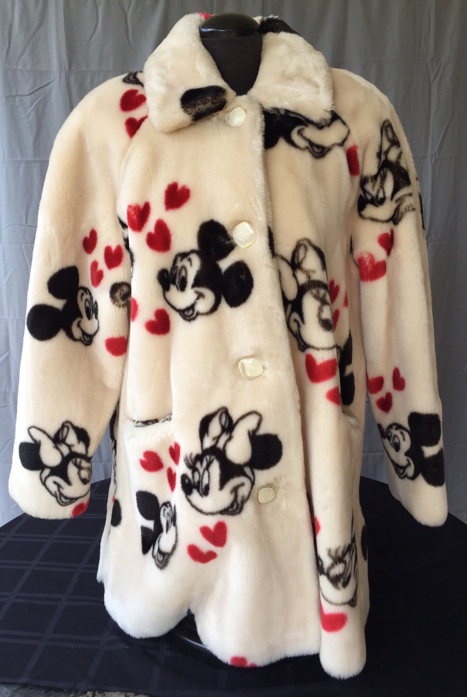 Super Rare Disney Mickey and Minnie Mouse Cream Faux Fur Mid