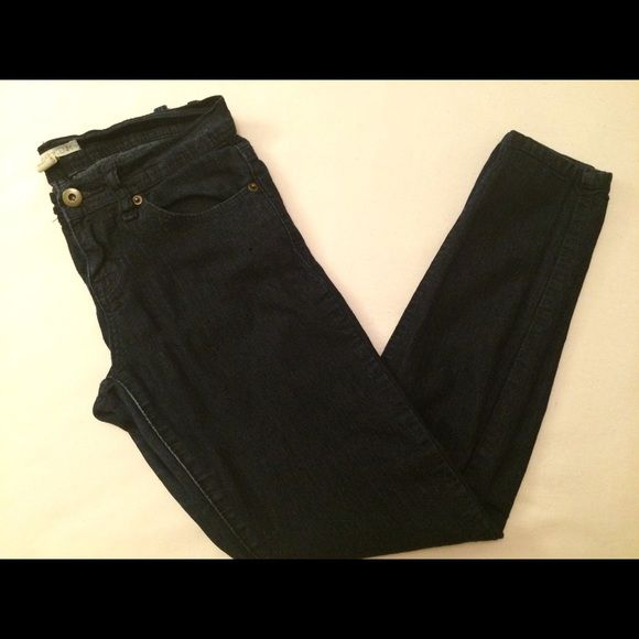 F21 dark skinny jeans, used Size 25, fits 0-2. Great condition. Forever 21 Jeans Skinny