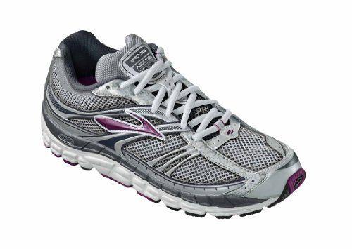 ปักพินในบอร์ด Running Shoes