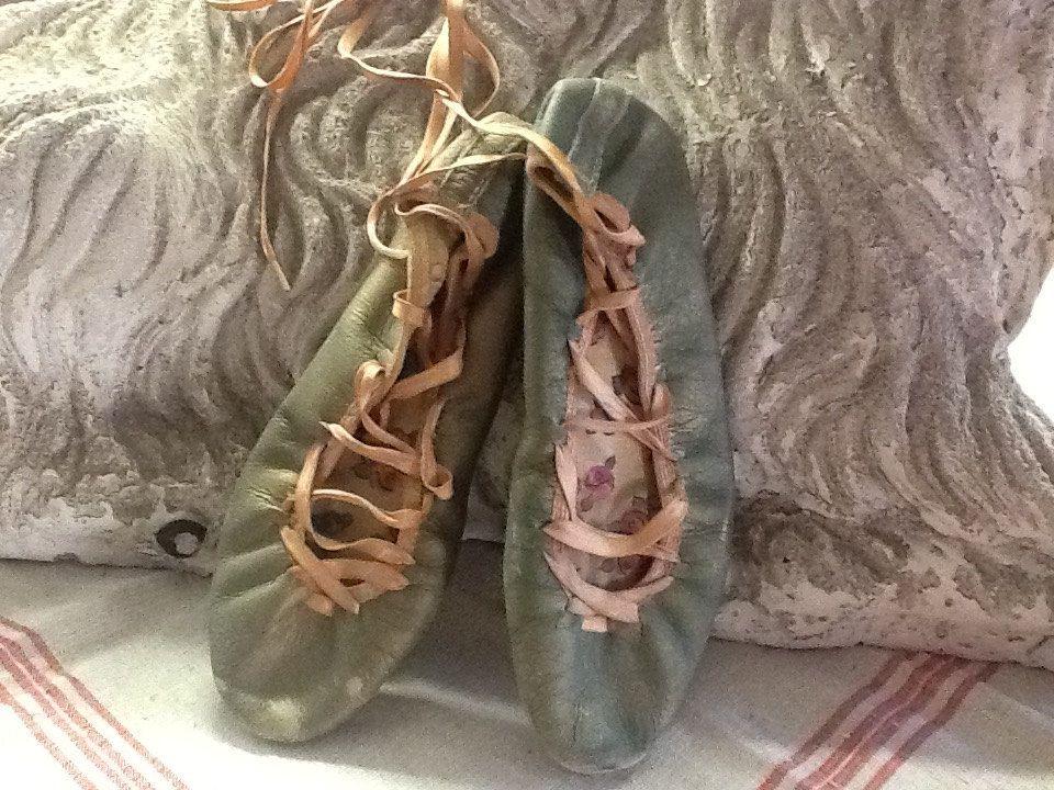 Vintage 1930-1940's Ballet Slippers by 3birdz on Etsy