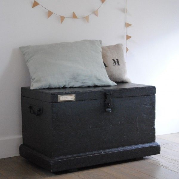 coffre en bois id es pour la maison pinterest vintage. Black Bedroom Furniture Sets. Home Design Ideas
