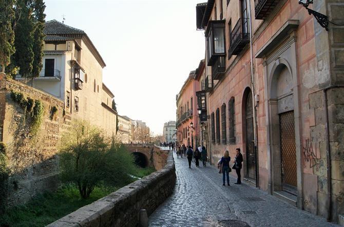 Resultado de imagem para alhambra espanha