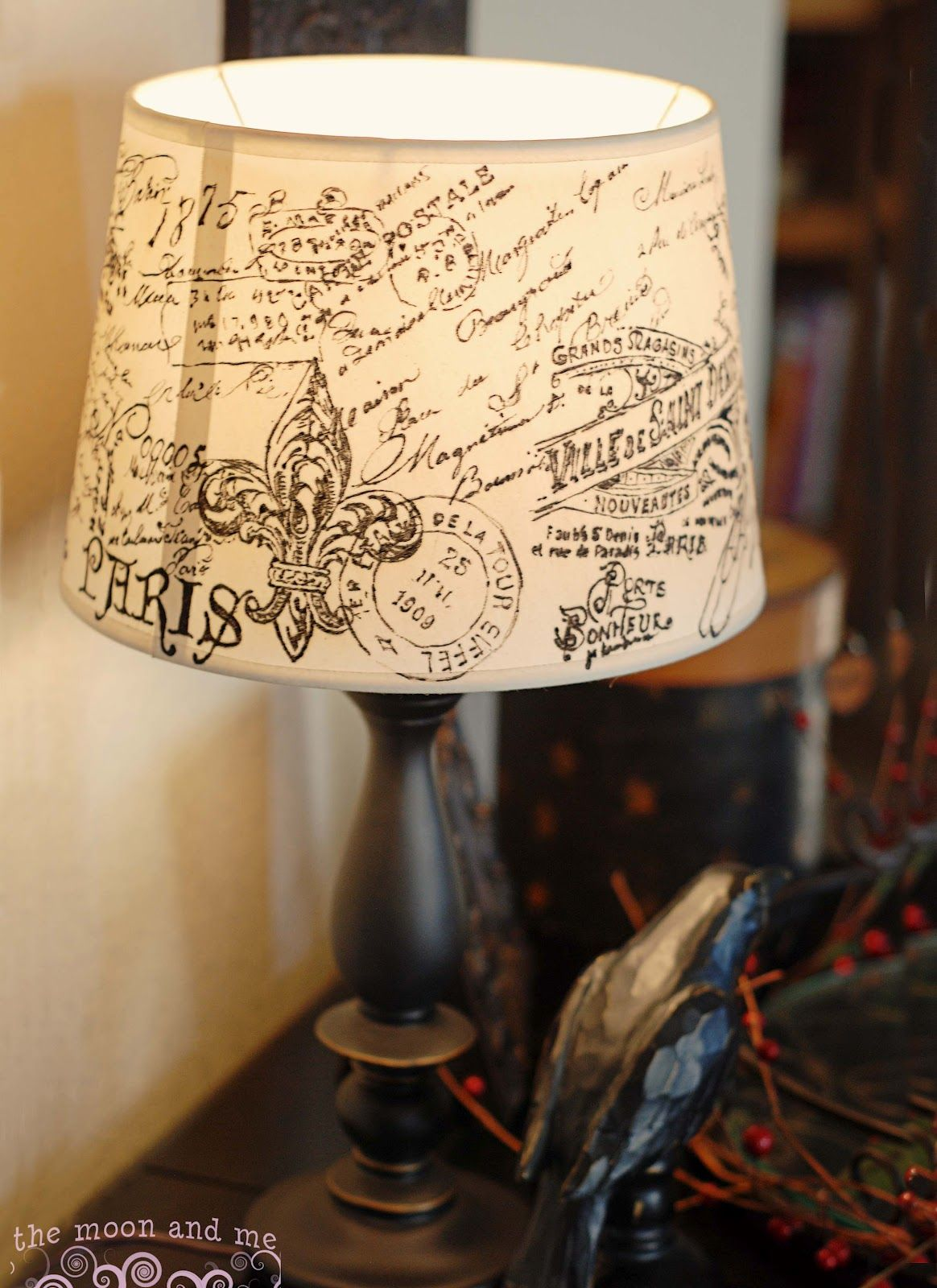 The Moon And Me Diy French Script Lampshade Copycat Lampshade Makeover Diy Lamp Shade Lamp Shade
