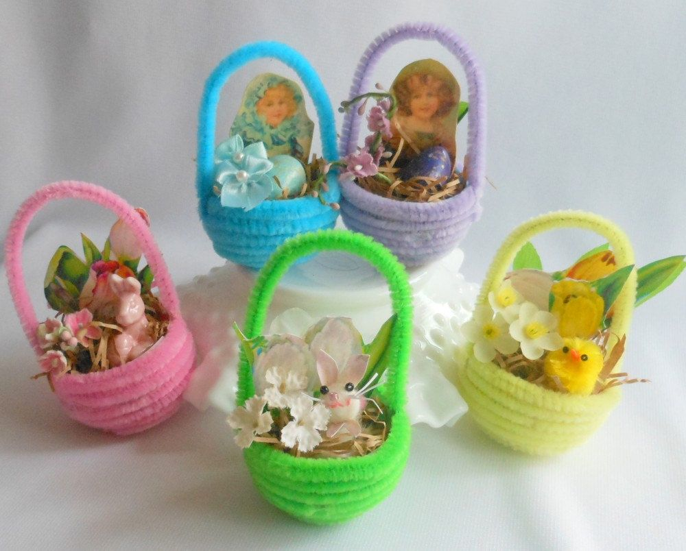 Set of Five Tiny Chenille Easter Baskets as Ornaments for Easter Tree, Favors, Vintage Inspired Decor. $8.00, via Etsy.