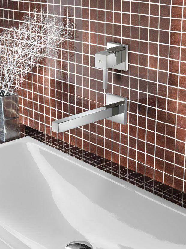 Hotbath badkamerkranen Kraan uit de muur Een badkamer zonder kraan ...