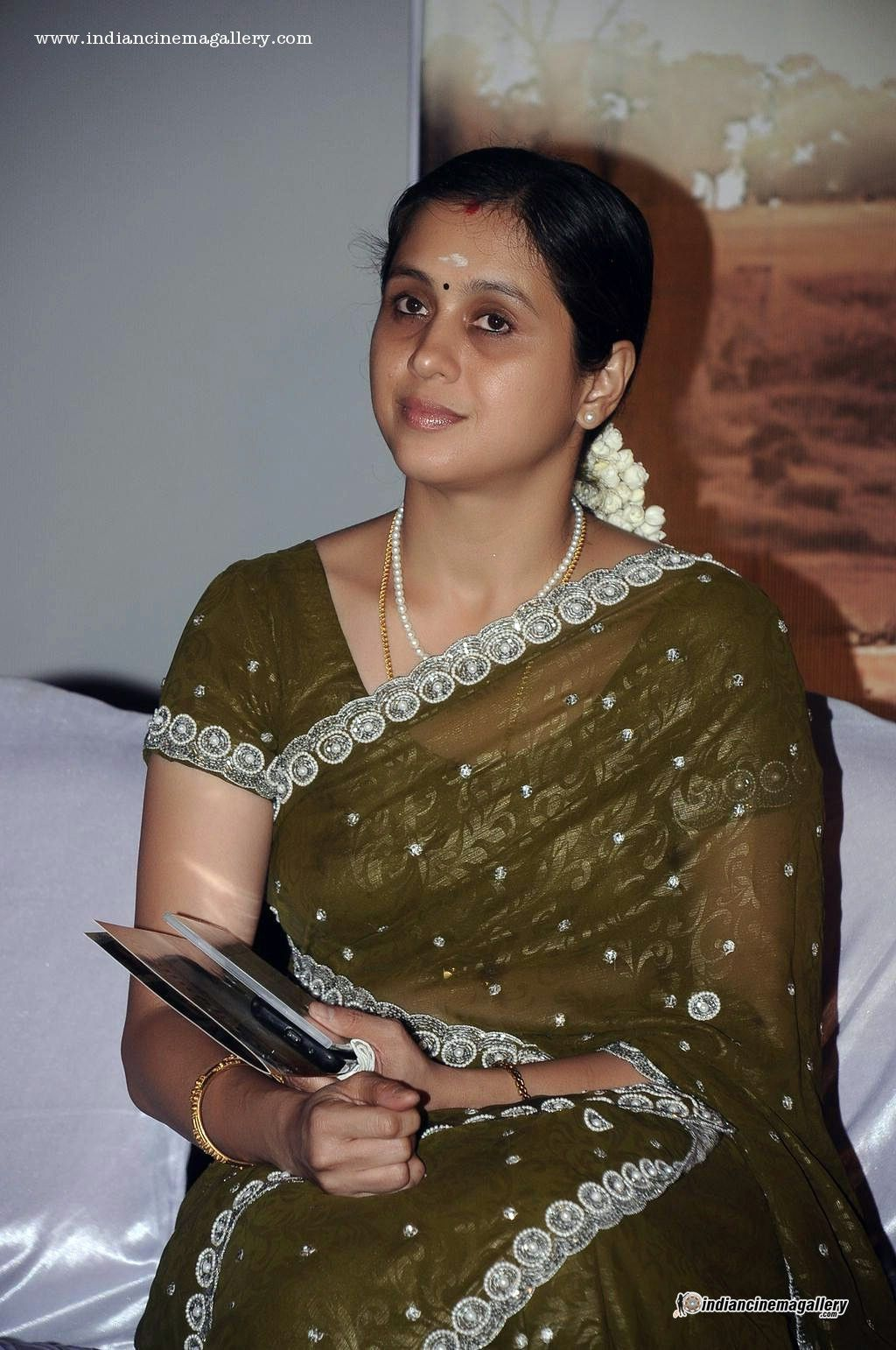 anty sex  actress Tamil images devayani