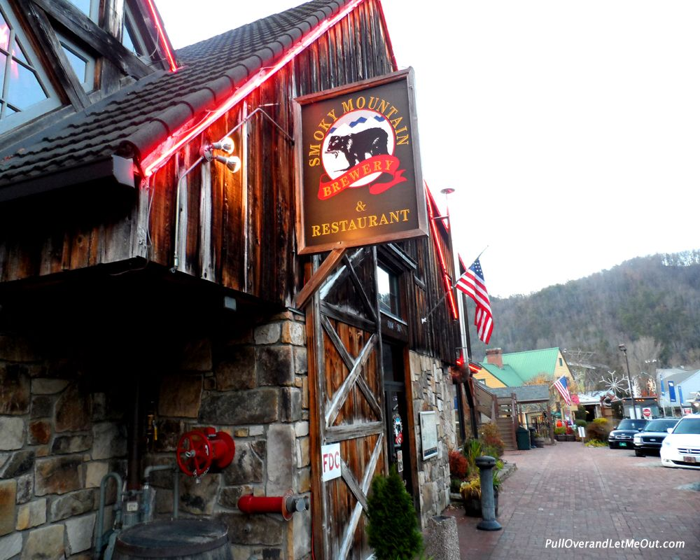 Smoky Mountain Brewery And Restaurant Gatlinburg Tn Road