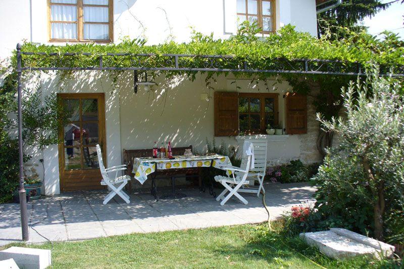 terrasse ferm e grande maison personnaliser dans les. Black Bedroom Furniture Sets. Home Design Ideas
