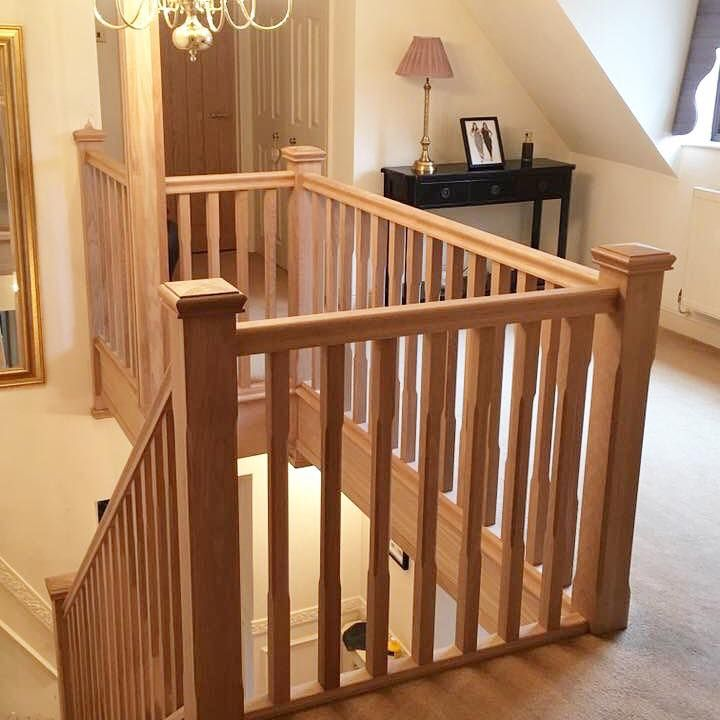 Best Complete Solid Oak Staircase With A Feature Gallery 400 x 300