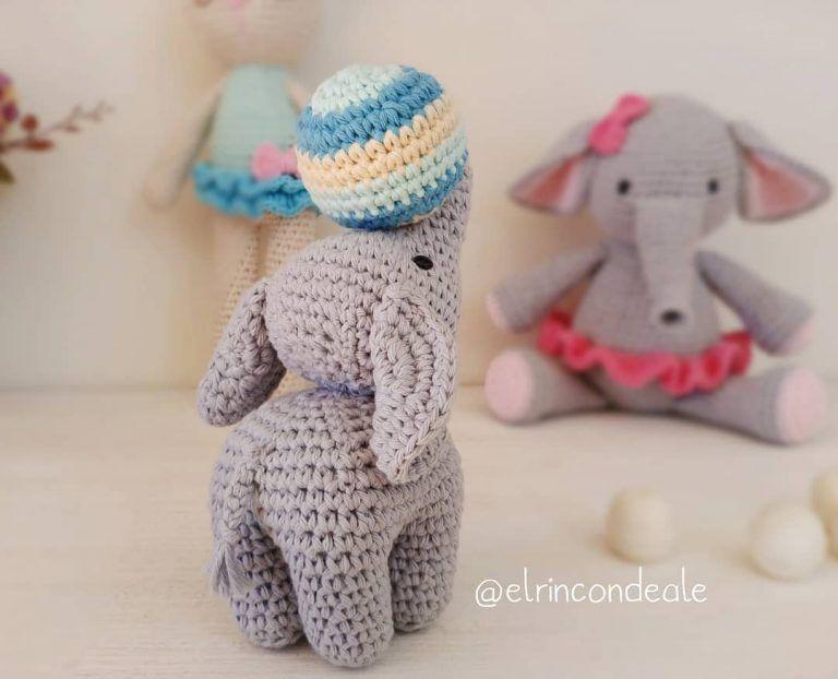 Pink crochet elephant pattern - Amigurumi Today | 622x768