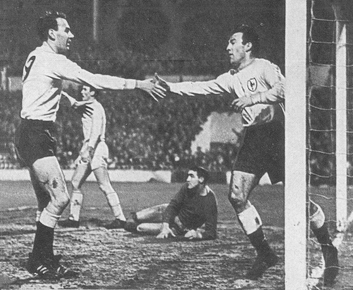 30th January 1965 Tottenham Hotspur Centre Forward Alan Gilzean Congratulates Jimmy Greaves On His H Tottenham Hotspur Tottenham Hotspur Players Jimmy Greaves