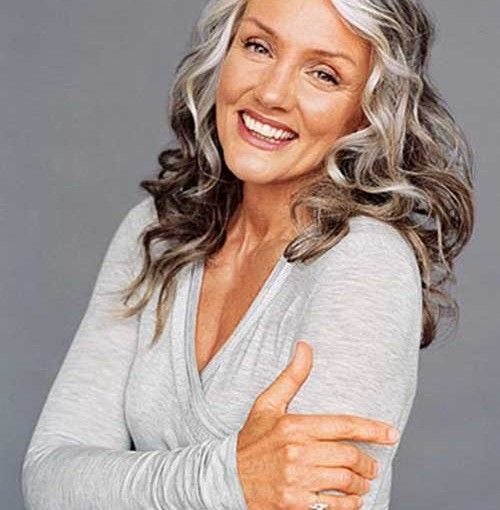 Long Hairstyles For Older Women1 500x510 Jpg 500