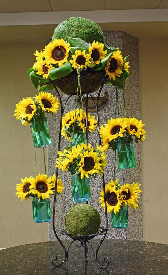 Sunflower Carousel By Crossroads Florist Mahwah Nj For