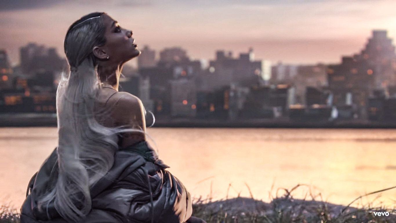 Right Now I M In A State Of Mind Arianagrande Notearslefttocry