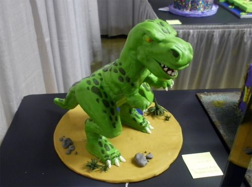 fondant dinosaur bones Google Search Cakes Dino Dragon