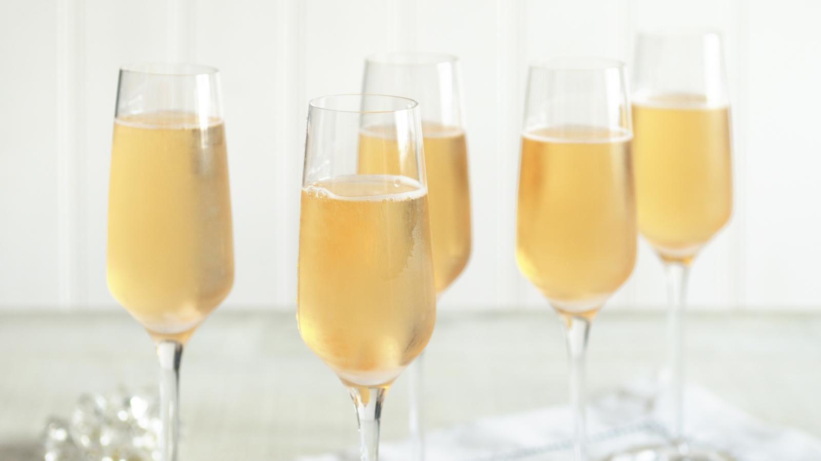 Classic Champagne Cocktail Recipe Recipe Champagne Recipes Cocktails Classic Champagne Cocktail Recipe Champagne Cocktail