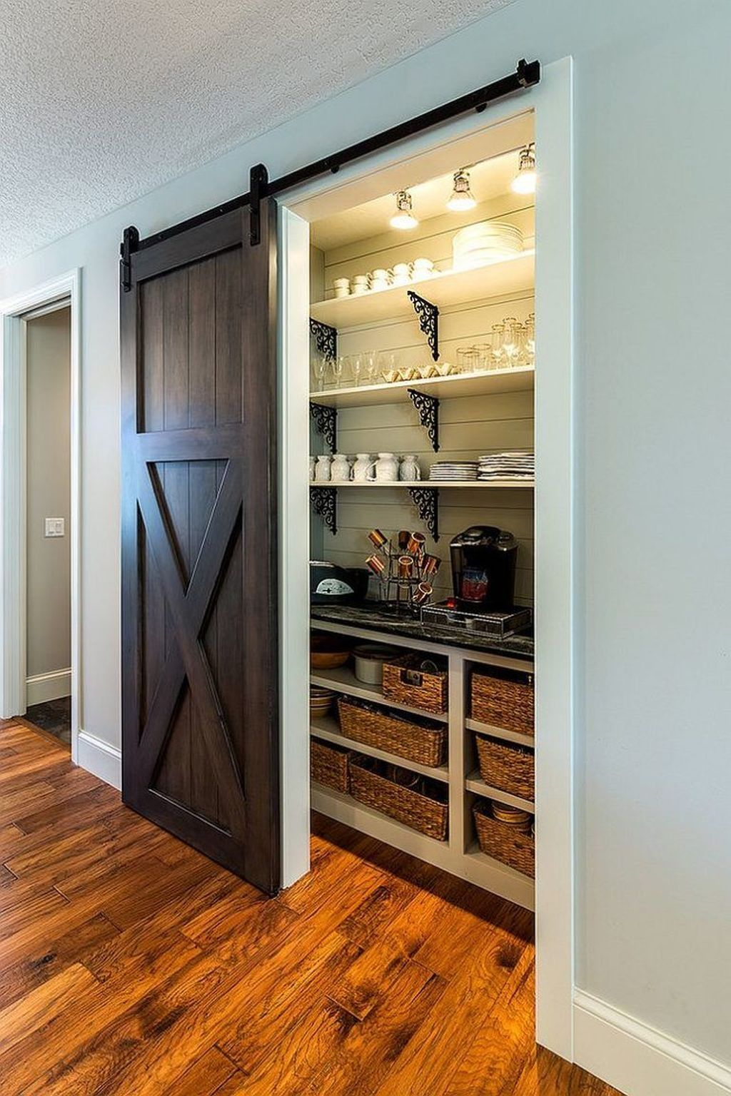 36 Rustic Pantry Door Ideas For Your Inspiration In 2020 Rustic