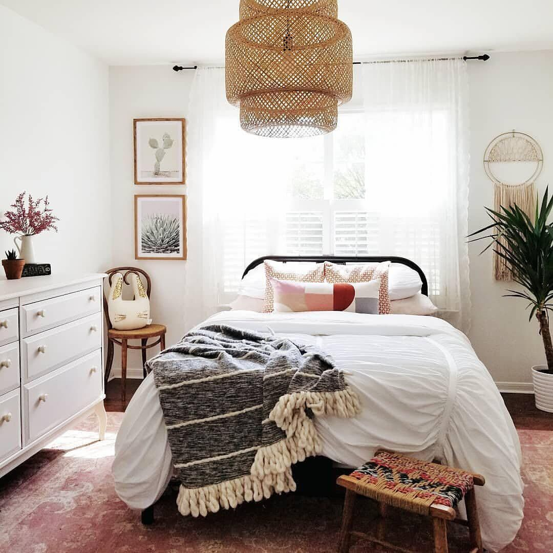 House Tour: An Eclectic Mix Of Vintage Furniture In A