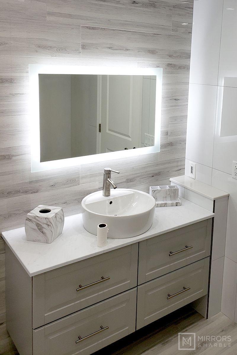 Side Lighted Led Bathroom Vanity Mirror 36 In 2020 Badezimmer Schminkspiegel Badezimmer Klein Badezimmer Design