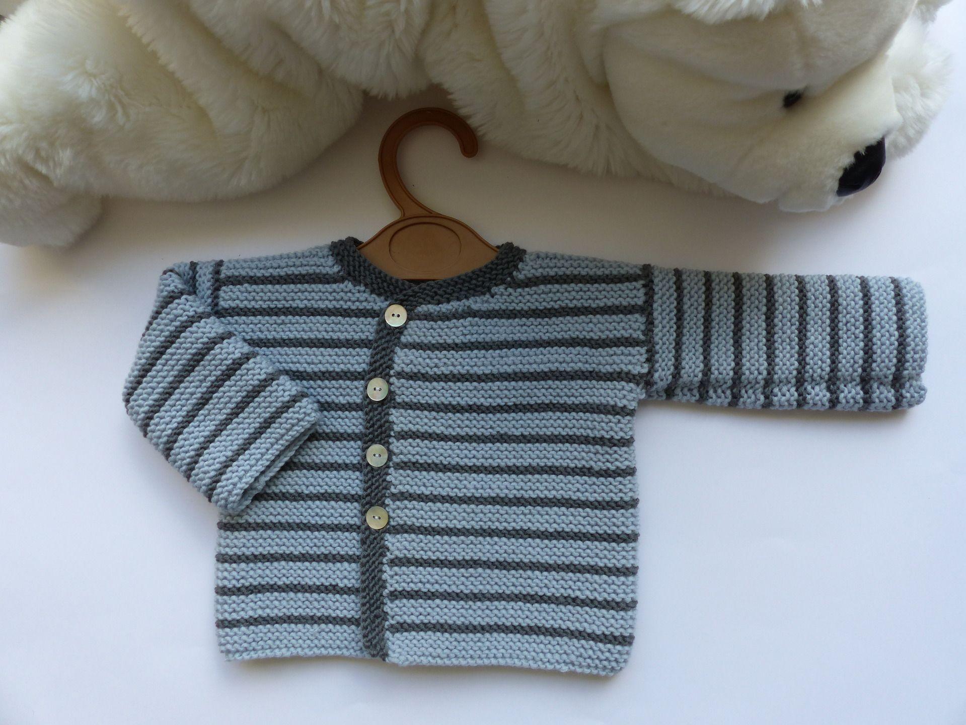 694723486e87 Brassière ou gilet bébé garçon, tricoté main, taille 1 mois 3 mois, 100%  laine naturelle (mérinos), trousseau bébé   Mode Bébé par bbgreen